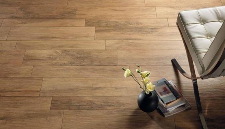 Uklidove prostredky na podlahy sleva